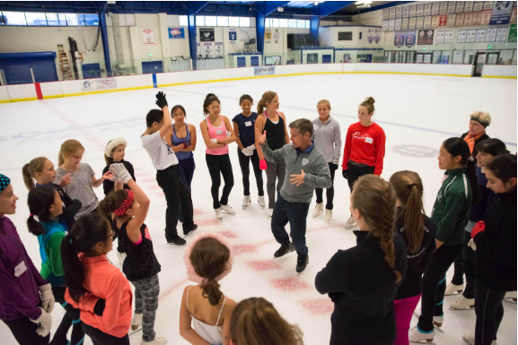 Paul Wylie coaching young skaters
